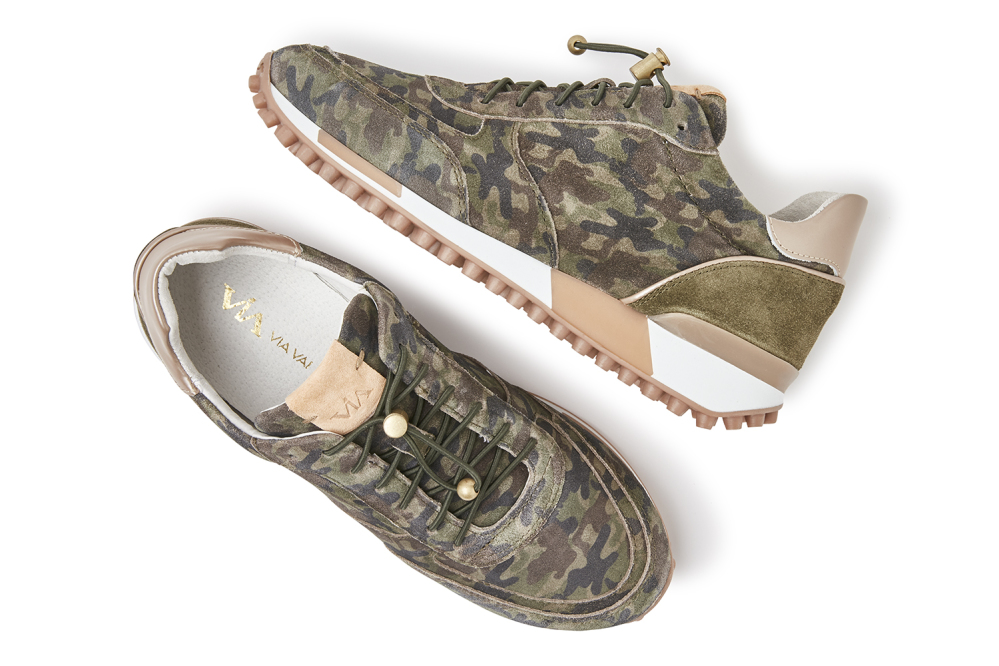 Giulia Rox | Camouflage print sneakers